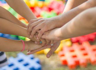 Zabawy dla dzieci w grupie